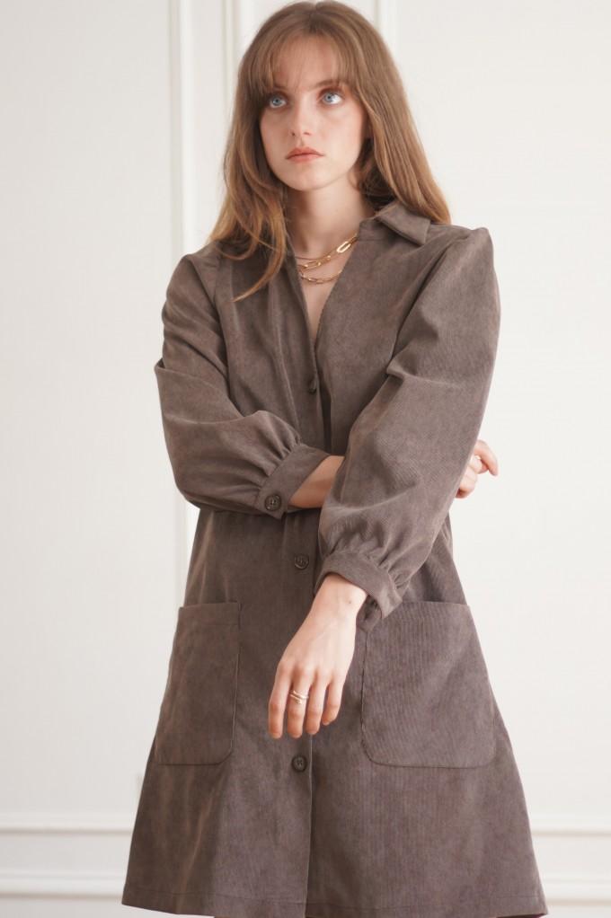 Robe en velours côtelé marron