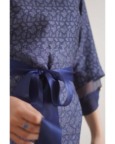 robe cintrée avec ruban