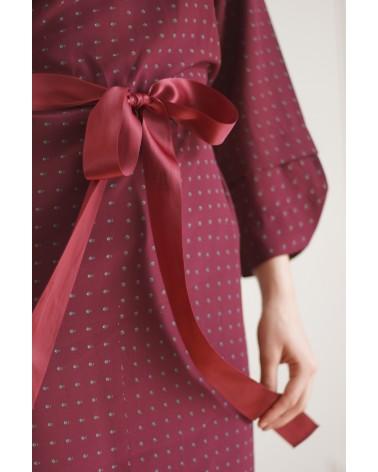 Robe à motifs et ruban