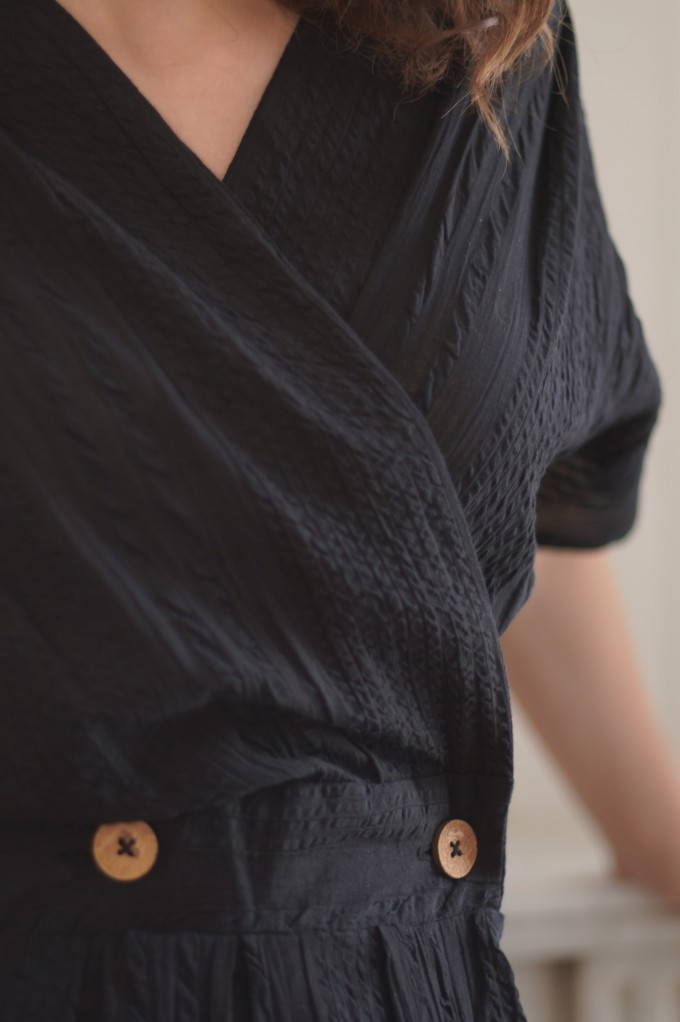 Robe noir croisé